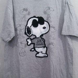 Snoopy Men's T-Shirt Extra Large Peanuts Joe Cool